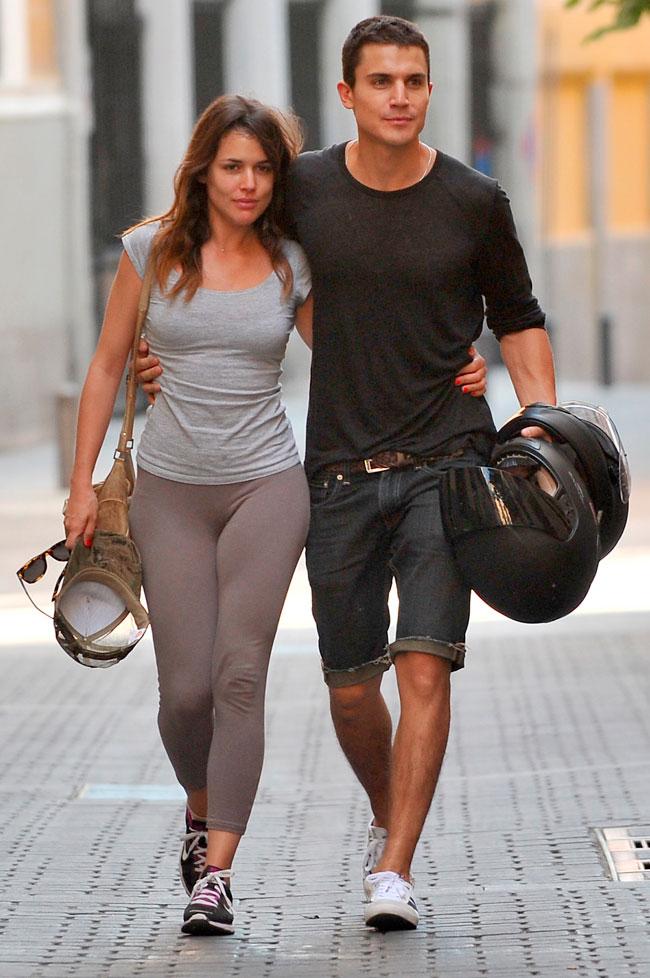 La pareja de actores paseaba su amor por las calles de Madrid en 2013.