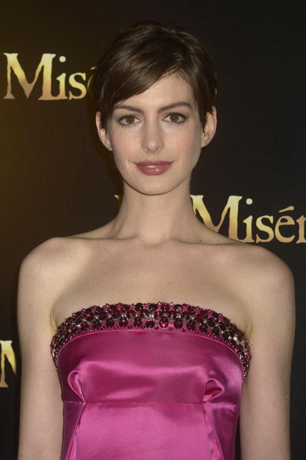Anne Hathaway estrena Los Miserables en París