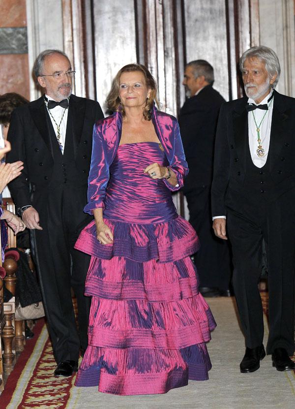 la princesa letizia en la RAE con carmen riera