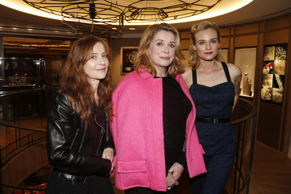 Con Catherine Deneuve e Isabelle Huppert.