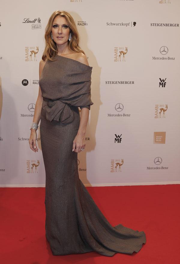 Celine Dion promociona su nuevo disco, Sans Attendre