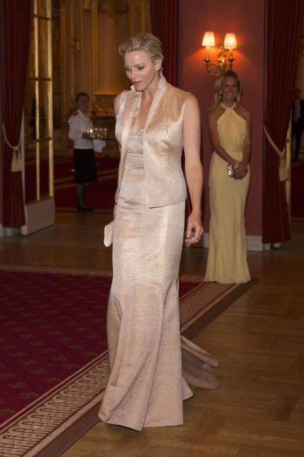 Los invitados muy glamourosos para la cena de gala - Cenas faciles para invitados ...