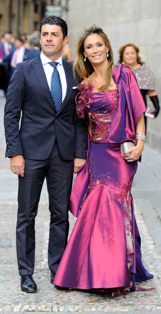 Paseíllo de elegancia entre las invitadas a la boda de Miguel Perera ...