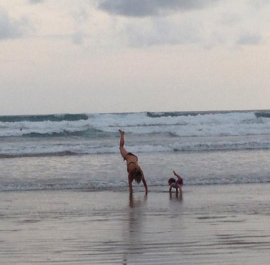 elsa-yoga2