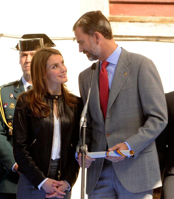 Felipe y Letizia miradas de amor