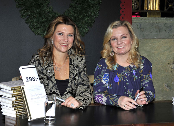 Marta Luisa de Noruega libro de ángeles en Estocolmo