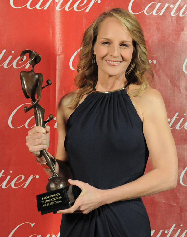 """Helen Hunt fue galardonada por """"Las sesiones"""""""
