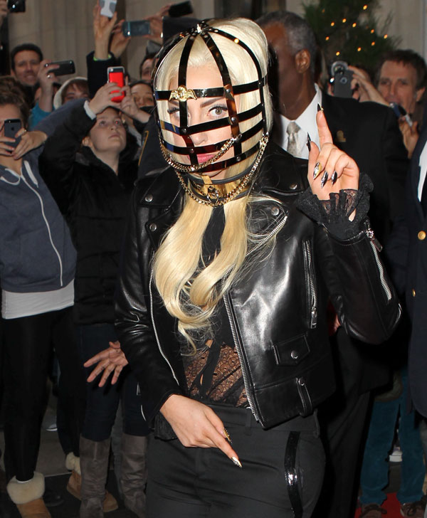 Lady Gaga canta en Nueva York