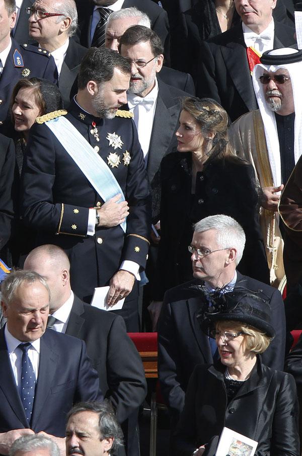 los-principes-con-la-delegacion-espanola