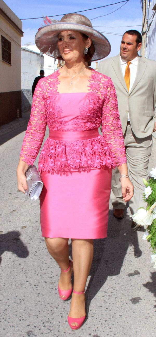 Loli Álvarez, madre de Jessica Bueno, de boda en Los Molares