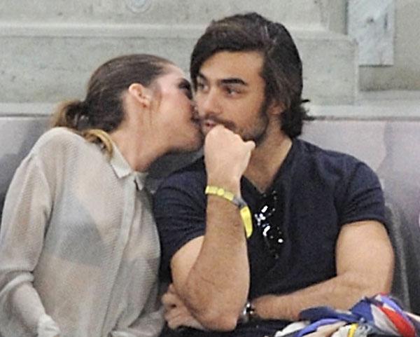 María León Y Diego Osorio Muy Cariñosos En El Tenis Semana