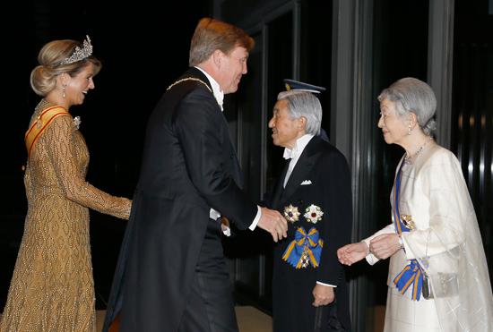 maxima-y-guillermo-emperadores-japon