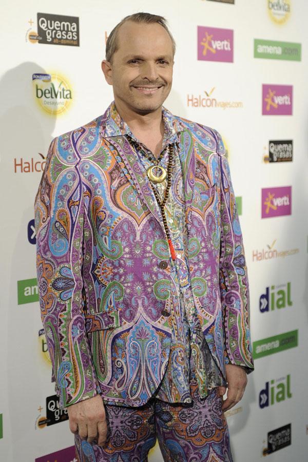 Miguel Bosé sigue promocionando su disco Papitwo.