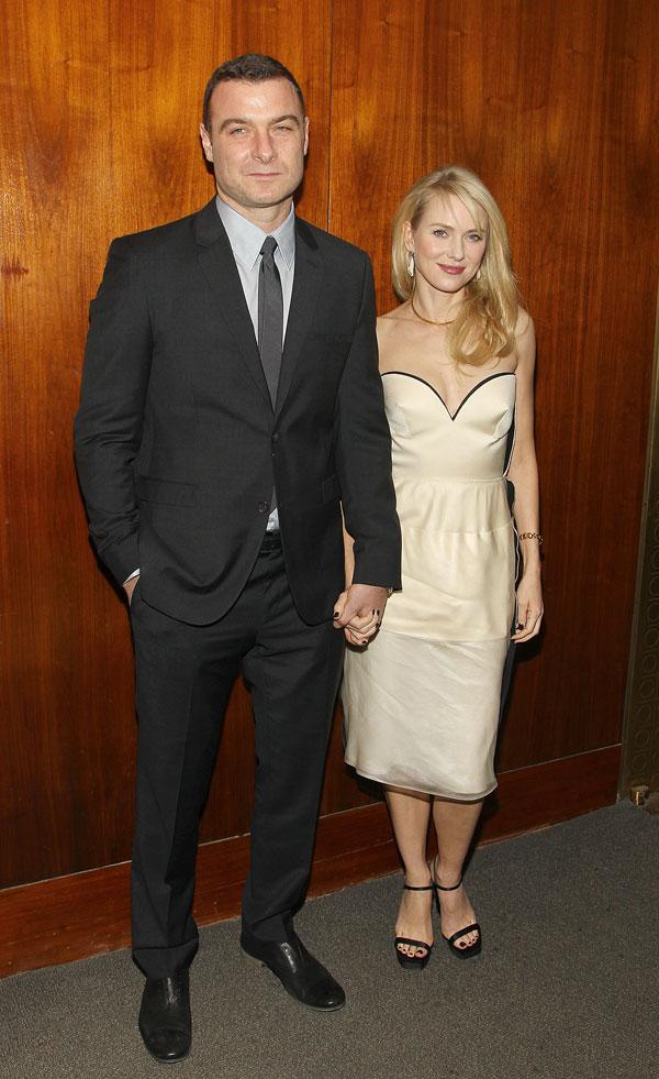 Naomi Watts, con su marido, Liev Schreiber