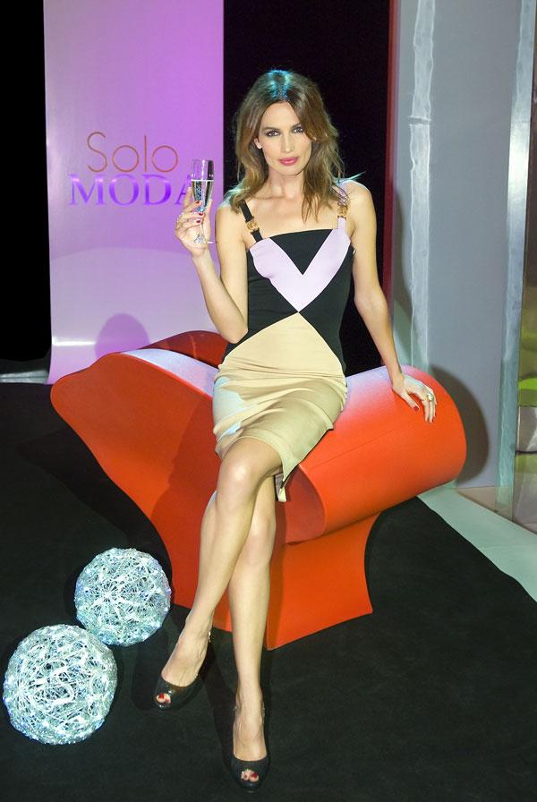 Nieves Álvarez, presentadora de Solo moda.