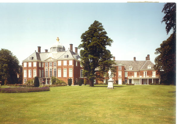palacio de huits-ten-bosch