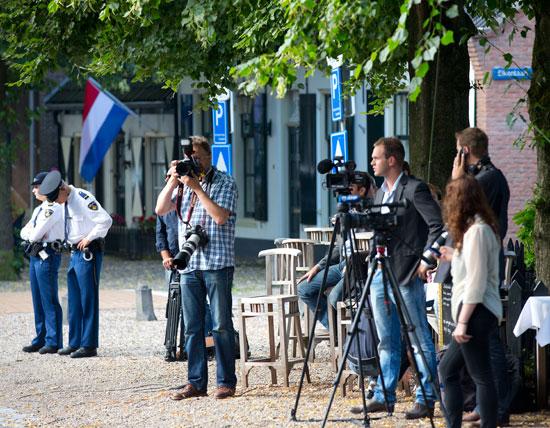 periodistas-y-policia