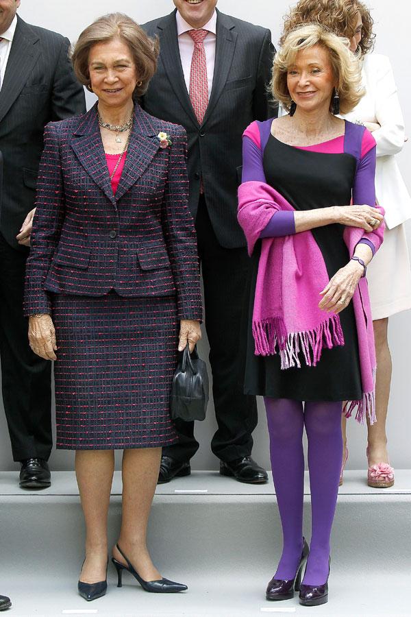 la reina Sofía y María Teresa Fernández de la Vega ayer en el aniversario de Mujeres por África