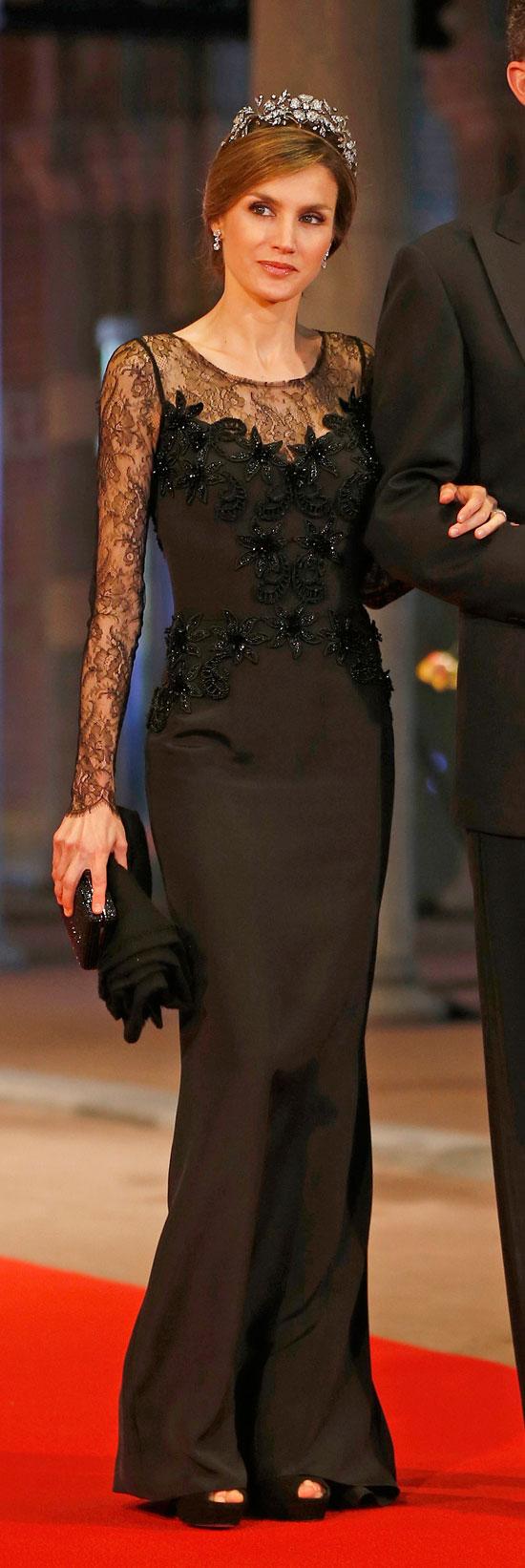 acierto-el-vestido-negro-de-letizia