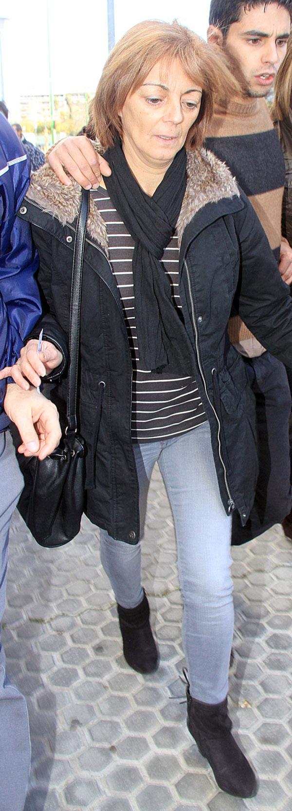 """MANUELA GURRUCHAGA A SU LLEGADA AL JUICIO POR """"HOMICIDIOIMPRUDENTE A CARLOSPARRA"""" 14/03/2013 SEVILLA"""